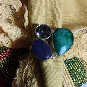 Nwt- 3 Stone ring, Emerald, amethyst,Mystic topaz9